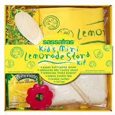 amazon com mini lemonade stand kit clothing