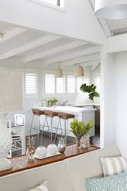 Modern Beach Decor This Bright Modern L A Home Is Giving Us All The Beach Vibes