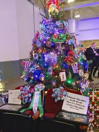putting the shine on akron u0027s holiday tree festival 10 top notch