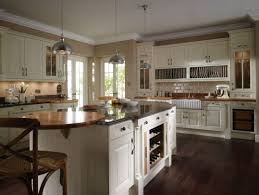 kitchen paint colors with light wood cabinets neutral kitchen paint colors with oak cabinets sleek laminate