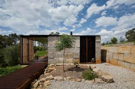 sawmill house uses large 1 tonne blocks of reclaimed concrete