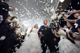 celebrity weddings photographer joe buissink on taking risks