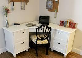 Corner Desk Diy A Corner I Wouldn T Mind Being Sent To Diy Corner Desk