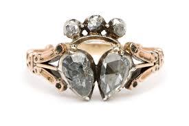 v shaped rings of diamond essence jewels are beautiful on their sofia kaman jewels explore style fashion jewelry