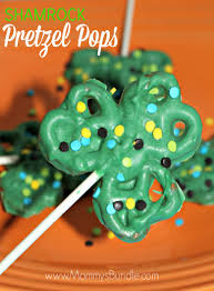 shamrock pretzel pops st patrick u0027s day recipe mommy u0027s bundle