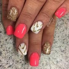 sally hansen coral reef neon pinkish and glitter short nail