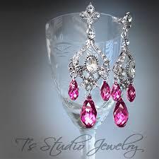 Pink Chandelier Earrings Fuchsia Pink Chandelier Earrings Pink Chandelier Earrings Zeige
