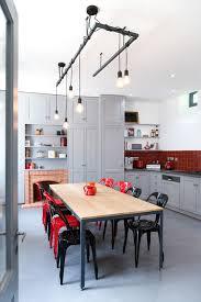 Exquis contemporain cuisine crédence rouge décorativement mobilier