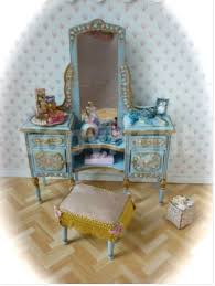 Shabby Chic Dollhouse by 257 Best The Miniature World Of Shabby Images On Pinterest