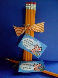favor idea for back to school pencils with wisdom tag free