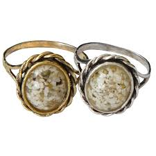 cremation remains memorial filigree ring made with your loved one s cremated remains