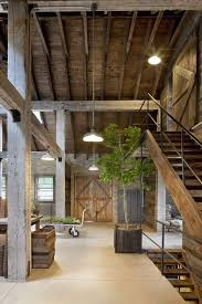 Barn Home Interiors by Best 25 Barn Renovation Ideas On Pinterest Converted Barn