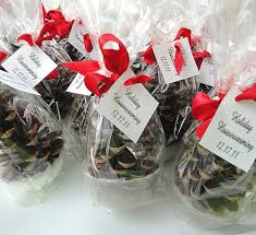 table decorations with pine cones winter wedding favors woodland party favors table decorations