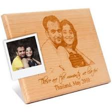personalized wooden gifts wooden engraved plaque for portrait to india send wooden
