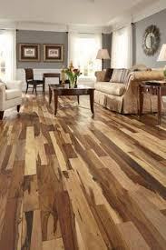 we the unique color variations in hickory hardwood so