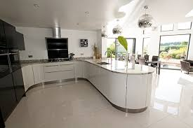 u shaped kitchens