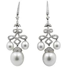 gold chandelier earrings classic south sea pearl gold chandelier earrings for sale at 1stdibs