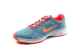 Sepatu Nike Running Wanita sepatu nike running original dual fusion tr print nike shoes