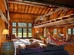 Rustic Barn Ideas To Use In Your Contemporary Home Freshomecom - Barn interior design ideas