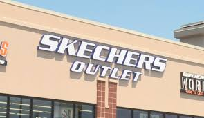 skechers store opens in rockford