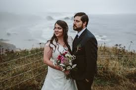 portland wedding photographers arielle dustin an elopement on the oregon coast portland