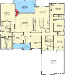 spacious craftsman house plan with superb owner u0027s suite 46305la