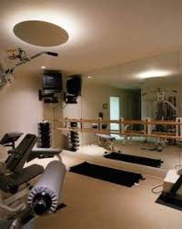 looks sterile nice multi gym i like the medicine ball holder in