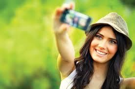 Take A Selfie How To Take A Great Selfie Selfieez