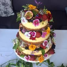 cheesecake wedding cake best 25 wedding cake edible flowers ideas on edible