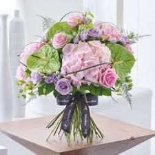 flower delivery uk bouquets flower delivery isle of wight flowers