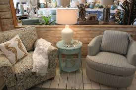 Coastal Cottage Furniture Give Your Living Room An Exquisite Beachside Look With Beautiful