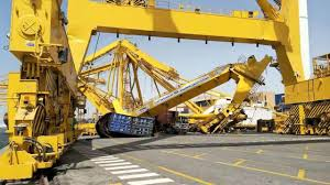 giant crane collapses after being hit by container ship ar15 com