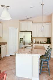 can thermofoil kitchen cabinets be painted how to paint thermofoil cabinets