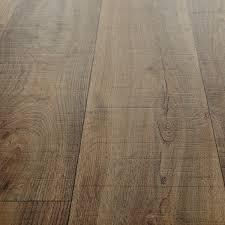 Country Oak Effect Laminate Flooring Colour Focus Milk Chocolate Carpetright Info Centre