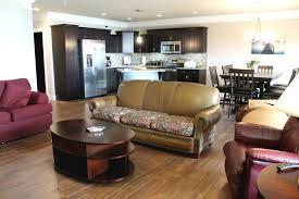 Laminate Flooring In Bedrooms 3 Bedroom Condos Treehouse Condo Rentals
