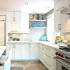 comptoir de cuisine quartz blanc comptoir de cuisine blanc armoires de cuisine blanches
