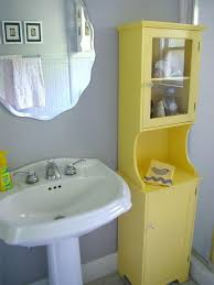 Grey Yellow Bathroom Accessories Best 25 Farm Inspired Yellow Bathrooms Ideas On Pinterest