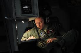 u s air force senior airman kelly bollinger a c 17 globemaster