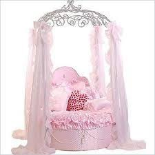 Girls Princess Canopy Bed by Luxury Princess Canopy Bed Bella Pink Canopy Dog Beds And Dog