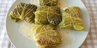 cuisiner le choux feuilles de choux farcies à la viande facile et pas cher recette