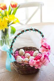 easter gift basket 35 diy easter basket ideas unique easter baskets