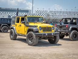 beach jeep wrangler jeep beach 2017 mega gallery drivingline