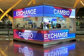 exchange booth office cambio bureau de change terminal 4