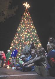 santa lights up brentwood the wilson times
