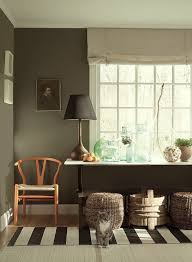 ten colorful paint colors that act like neutral paint colors