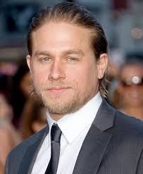 how to get thecharlie hunnam haircut charlie hunnam 2018 haircut beard eyes weight measurements