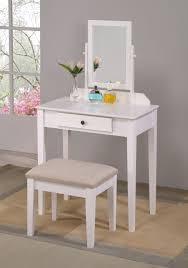 Small Vanity Sets For Bedroom Bedroom Vanity Table U003e Pierpointsprings Com