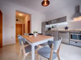 eat in kitchen island designs 4 sweet kitchen island alternatives