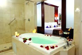 hotel baignoire dans la chambre remarquable hotel salle de bain avec d coration salon sur