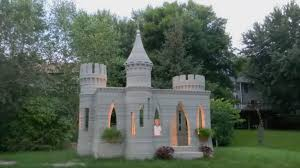 engineer 3d prints castle in backyard the weather channel